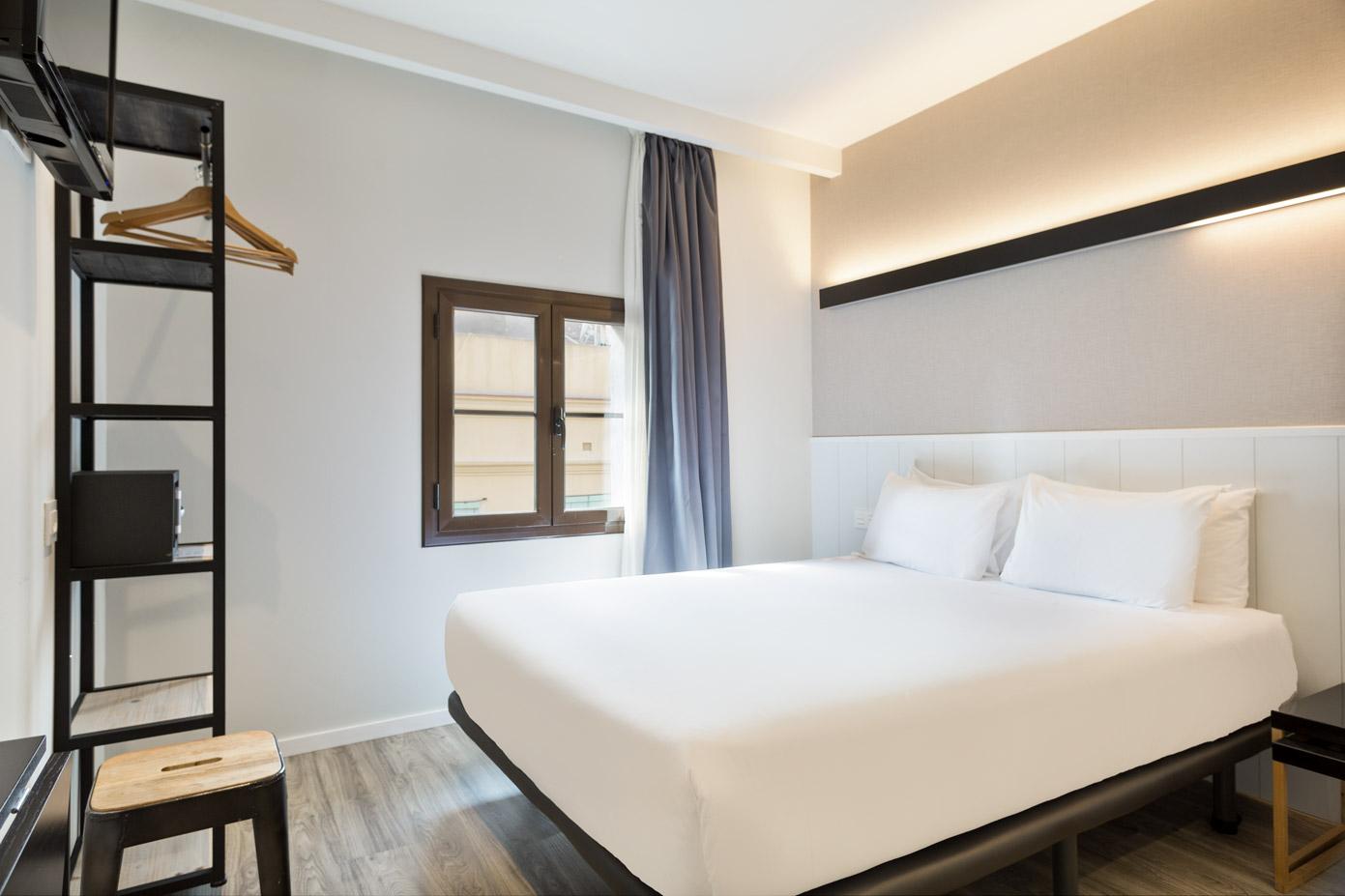 hotel_acta_bcn40_standard_08