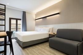 (Español) Hotel BCN 40 | Habitación triple